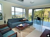 Airlie Summit Apartments