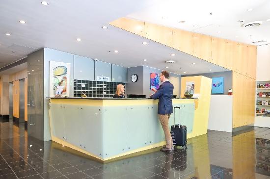 Waldorf Apartment Hotel Canberra