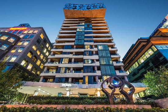 Mantra St Kilda Road Apartments