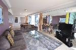 Chevron Renaissance Towers Private Apartments, 2 Bdm 2 Bth Ocean Level25 T2