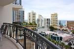 Chevron Renaissance Towers Private Apartments, 2 Bdm 2 Bthm Ocean Apt Level10