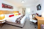 Best Western Plus Gregory Terrace Brisbane, Queen + 2 Singles Hotel Room