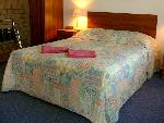 Airport Whyalla Motel, Queen + Single Motel Room