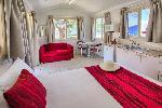 Glen Villa Resort, Deluxe Double Studio Cabin