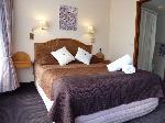 Sapphire Waters Motor Inn, Queen Hotel Room -ground Floor