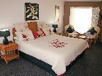 Sapphire Waters Motor Inn, Executive King Spa Suite