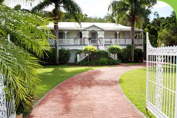 Whitsunday Lodge Bed and Breakfast