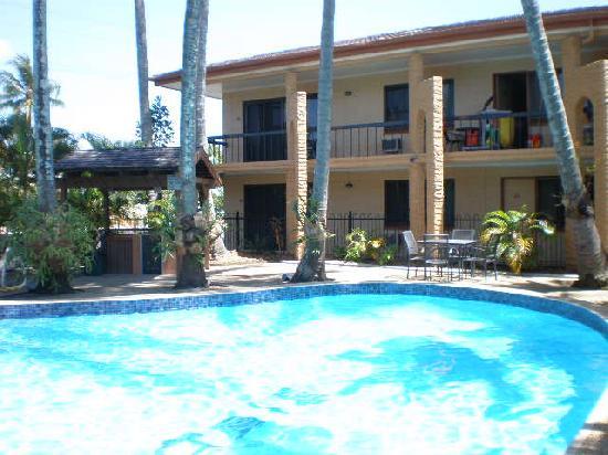 Oasis Inn Holiday Apartments
