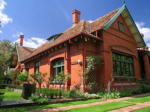 Buxton Manor Apartments