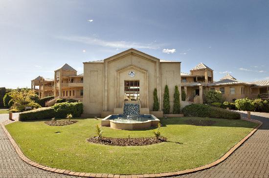 Abbey Beach Resort luxury apartments Busselton accommodation