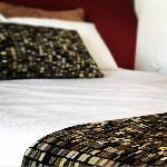 Best Western Airport Hacienda Motel, Queen Hotel Room 1 P + Bfast