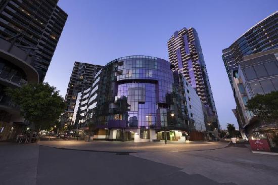 Sebel Melbourne Docklands