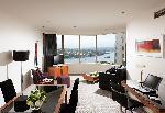 Quay West Suites Sydney, Deluxe King Suite