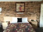 Golden Grain Motor Inn, Queen Hotel Room