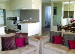 Coral Towers Holiday Suites, 2 Bdrm 2 Bthm Ocean  Apartment