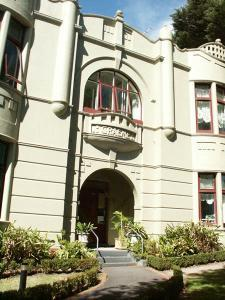 Toorak Manor Boutique Hotel