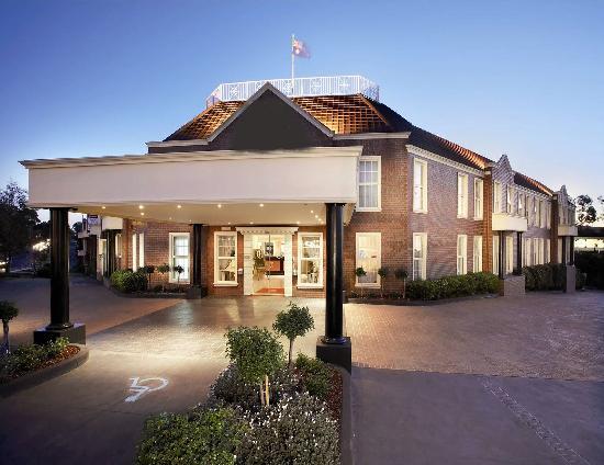 Canterbury International Hotel
