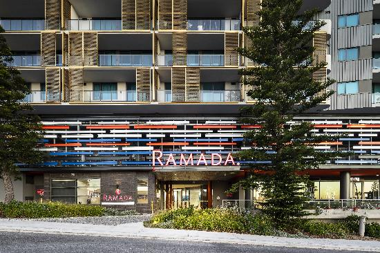 Ramada VetroBlu Scarborough Beach